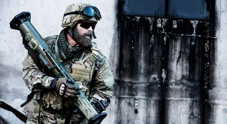 """Защо в т. нар. """"горещи точки"""" по света мнозина американски и натовски войници си пускат бради?"""